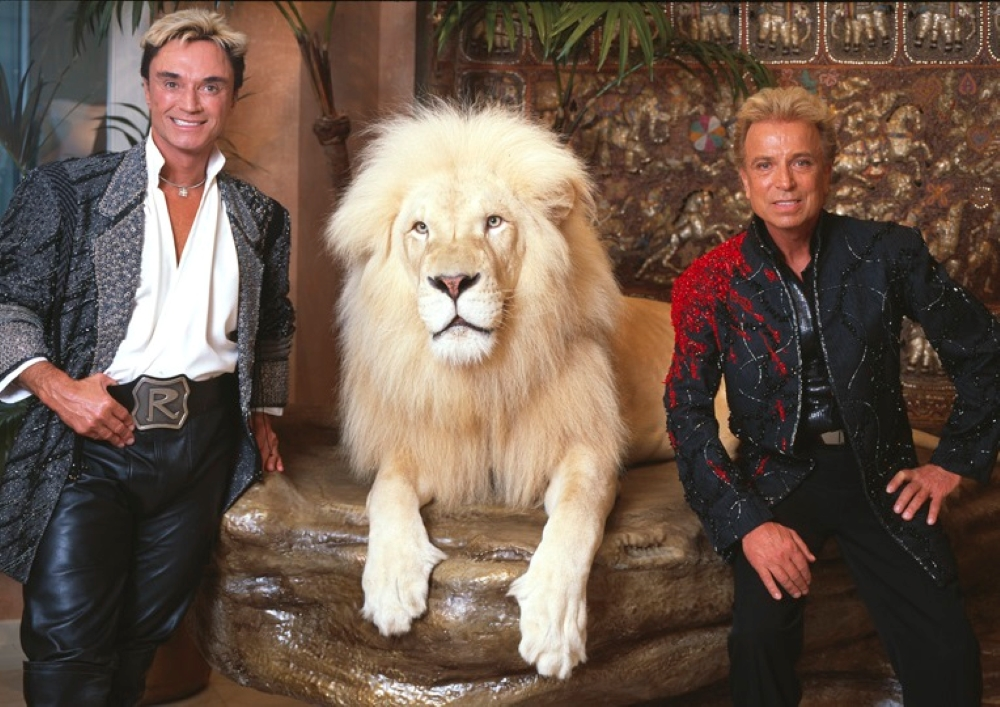 Siegfried Fischbacher of Vegas act Siegfried & Roy dies at 81