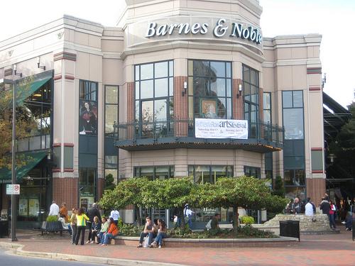 End Of An Era Bethesda Rows Barnes And Noble Closing