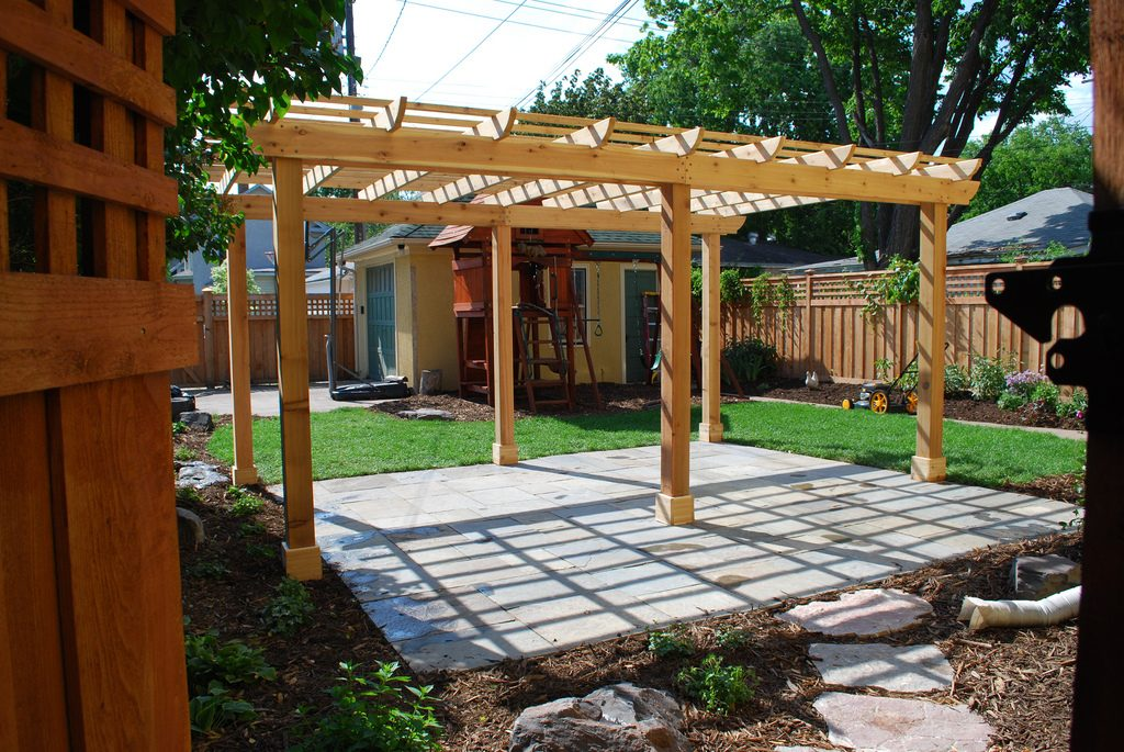 pergola in backyard